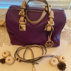 Super Cute Michael Kors Grayson NWOT